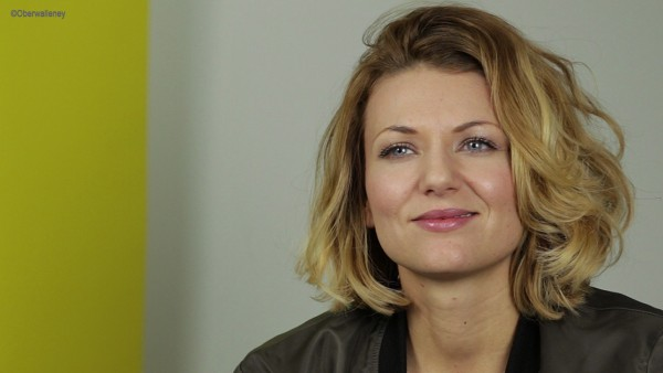 """Ella Endlich freut sich über ihr neues Album """"Träume auf Asphalt"""""""