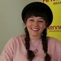 """Leona Heine präsentiert ihr Debutalbum """"Mal mich bunt"""""""