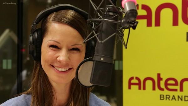 """Christina Stürmer präsentiert ihr neues Album """"Seite an Seite"""" und freut sich auf ihr Baby."""