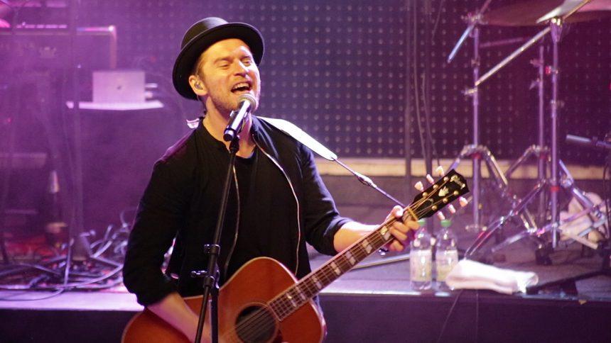 """Livepremiere für Johannes oerding und sein neues Album """"Kreise""""."""
